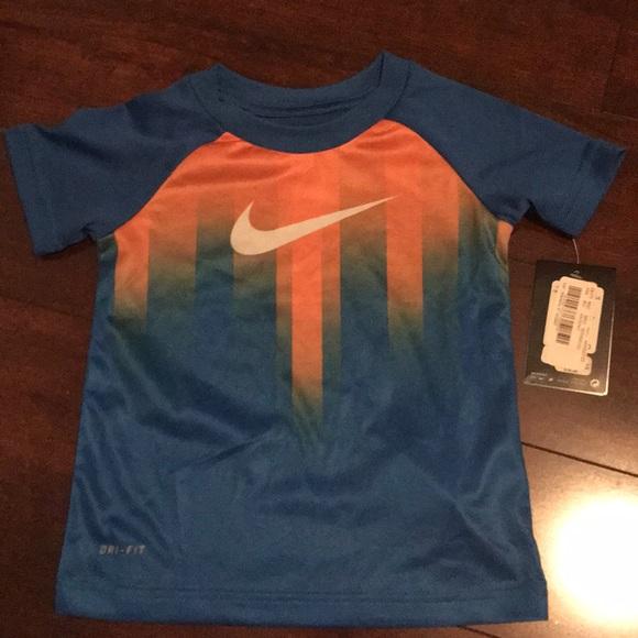 Nike Shirts   Tops  211ba80e1